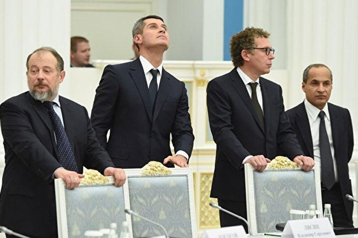ВКремле призывают несвязывать сполитикой арест братьев Магомедовых
