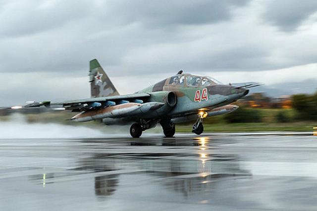 Владимир Путин подписал закон оразмещении русской авиагруппы вСирии