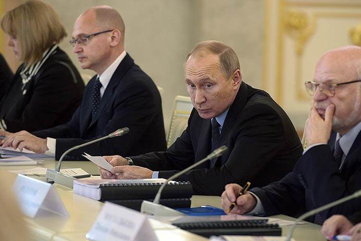 Путин поручил дипломатам сделать группу позащите прав сограждан зарубежом